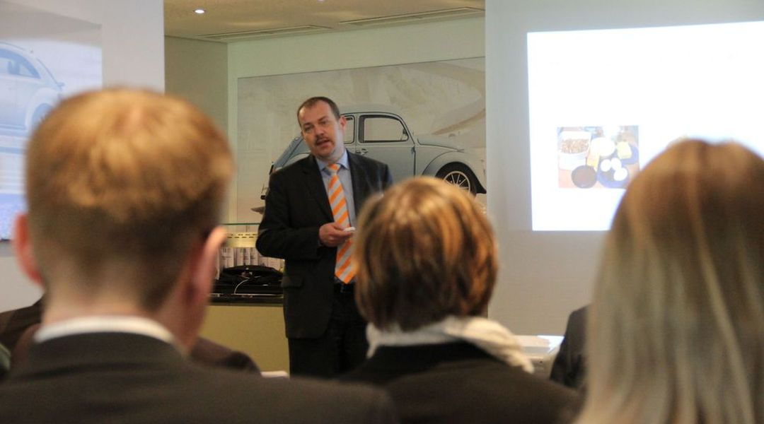 HR-Kompetenz-Workshop im Weserstadion Bremen - Phasen im Employer Branding